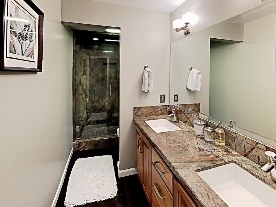 Shared Bath Next to 1st Bedroom and Living Room