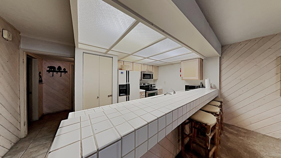 Full-Size, Fully-Equipped Kitchen