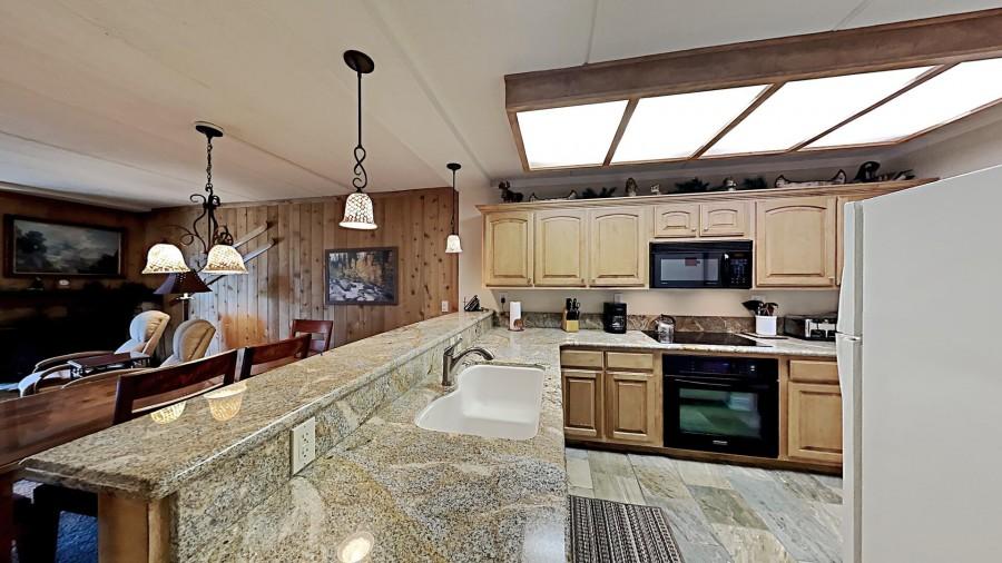 Remodeled Full-Sized Kitchen