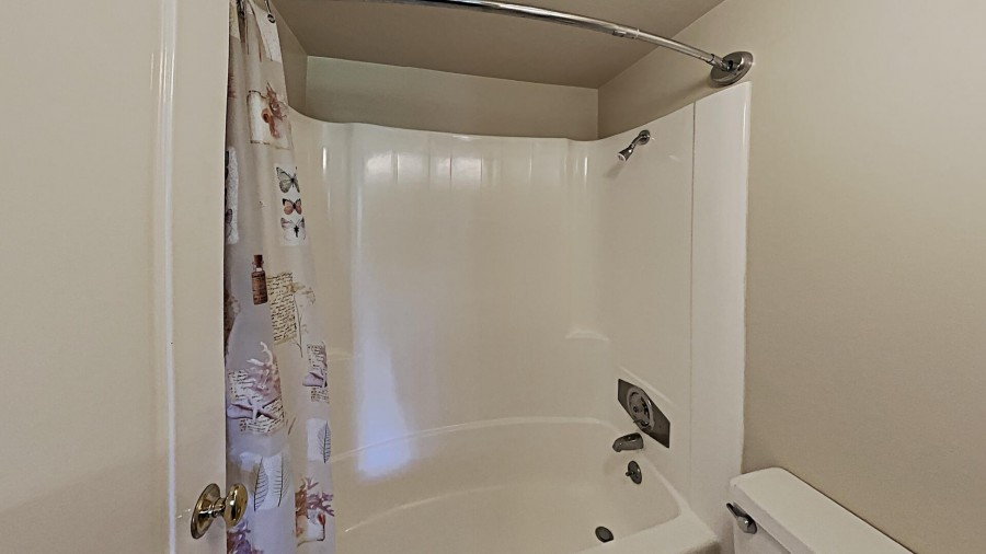 Private Bath In Bedroom 2
