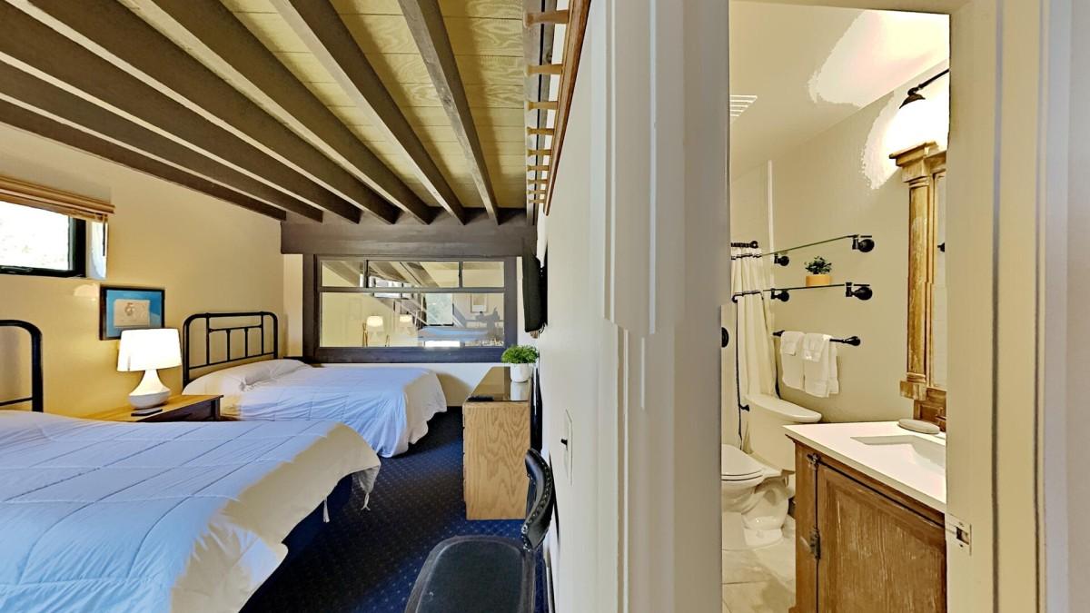4th Bedroom With Adjacent Bathroom