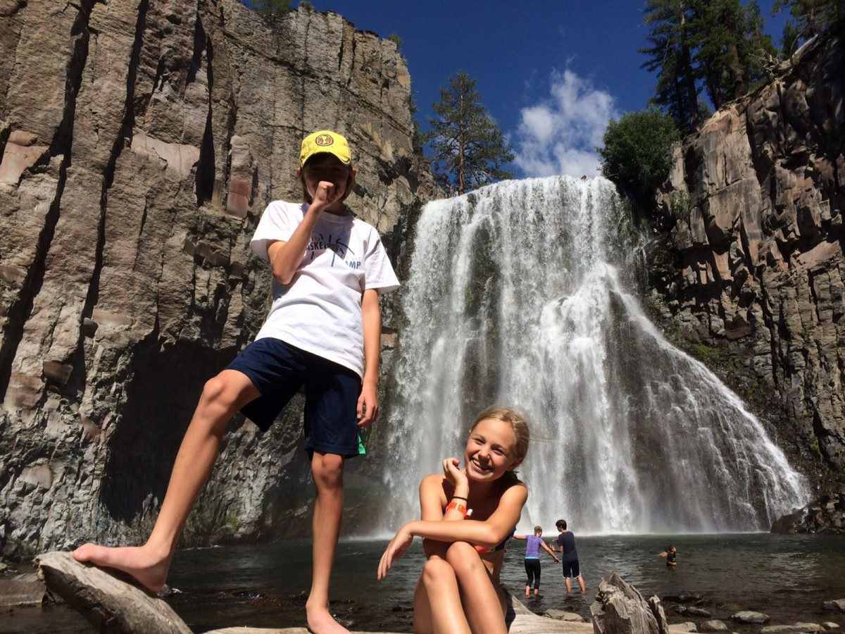 Hike Devils Postpile and Rainbow Falls || 1849 Mountain Rentals in Mammoth Lakes, CA