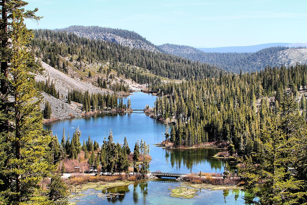 Where is Mammoth Lakes? We'll tell you where Mammoth Lakes is located, how to get here, and even all about its history! || 1849 Mountain Rentals