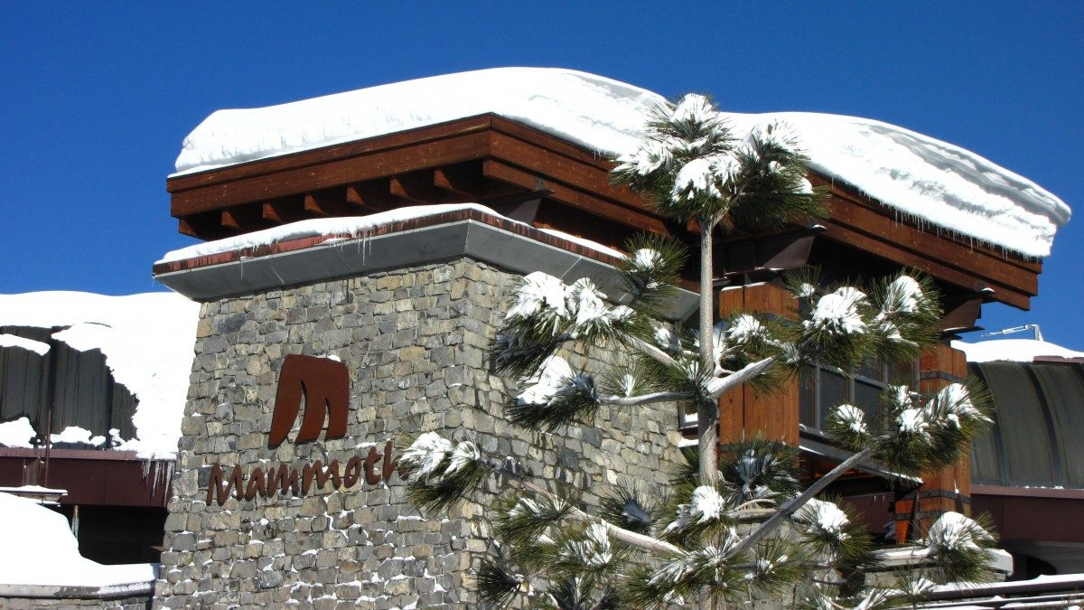Mammoth Mammoth is in the heart of the area, near several ski lodges. Follow this quick guide to learn the closest ski lodge to 1849 condos, how to get involved, and the best time to visit.