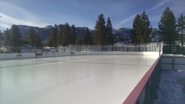 where to ice skate in mammoth lakes