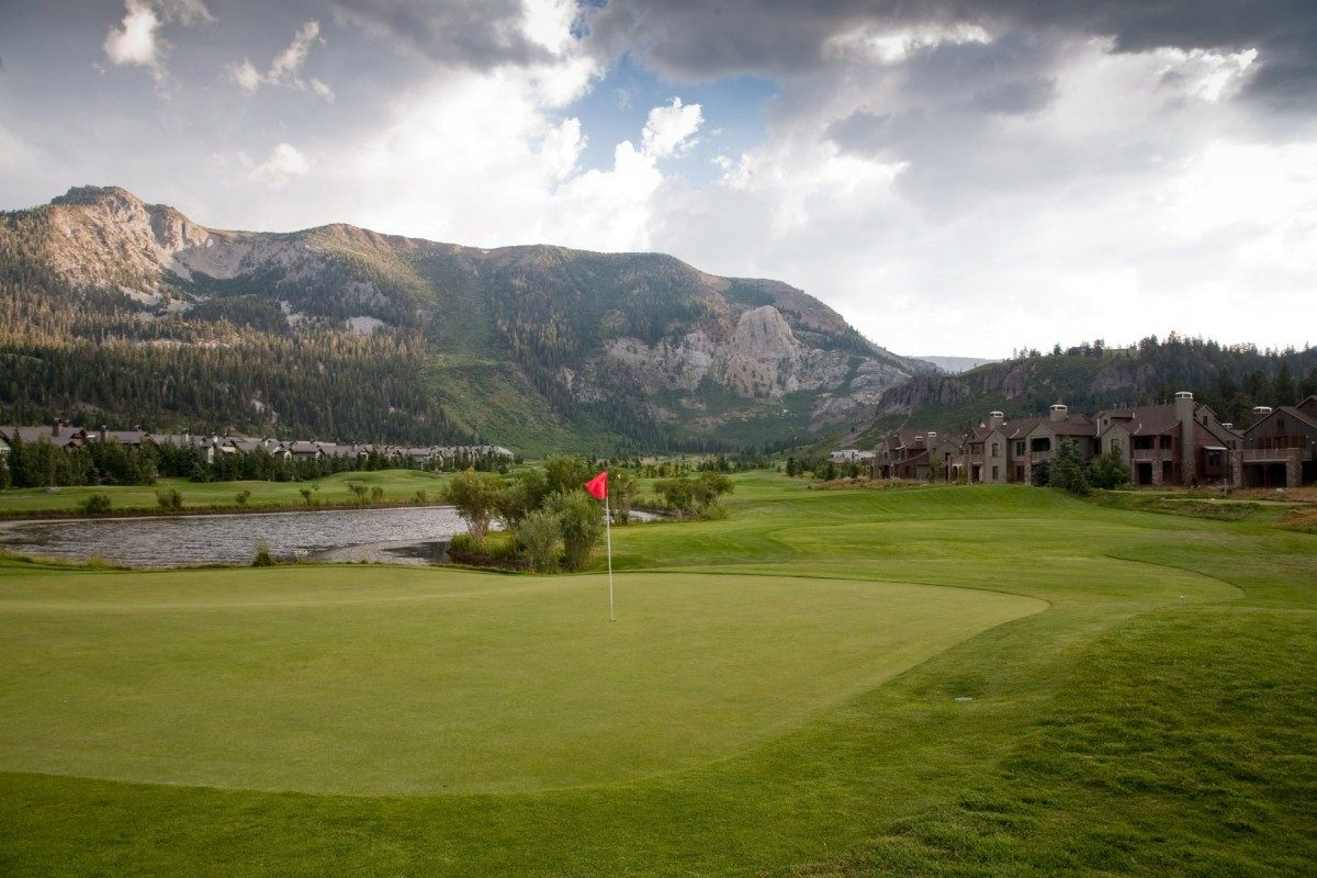 Overview shot of Snowcreek Resort Golf Course in Mammoth Lakes, CA