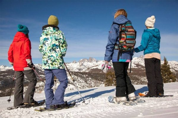 snowshoeing people on a mountain