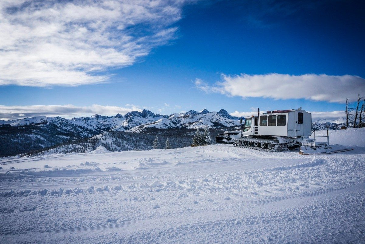Snow Cat tours on Mammoth Mountain