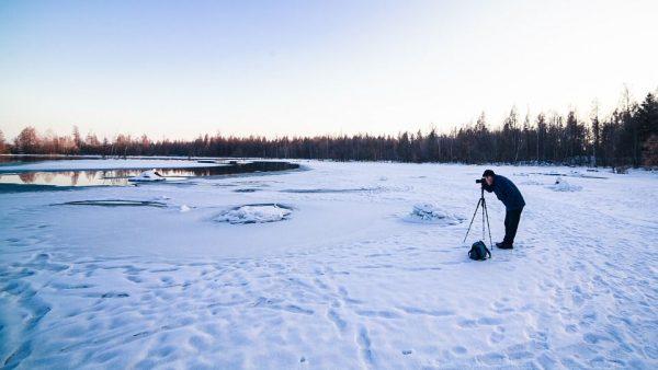 Man photographer in Mammoth Mountain